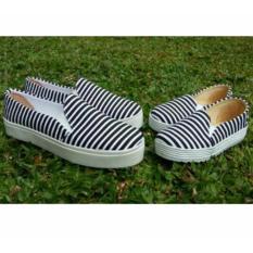 Sepatu anak dan wanita black stripe tersedia size anak sampai dewasa