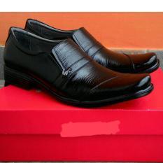 Crocodiles - Sepatu Pantofel Pria 100% Asli Kulit Sapi Formal Kerja Kantor 2034d8f60d