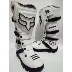 Sepatu Cross / Sepatu New Trail / Motif putih
