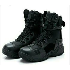 Sepatu Delta Magnum 8 Hitam