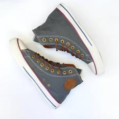 Sepatu fashion kanvas boot terbaru