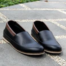 Sepatu Formal Pria Slop Slip-On - JOEY FOOTWEAR COLE - Hitam