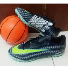 Sepatu Futsal Terbaru Indonesia Diskon 50