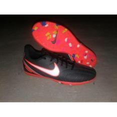 Sepatu Futsal Tiempo Keren