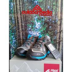 Sepatu Gunung Rei Smithsonia