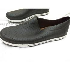 Sepatu Karet / Pantofel / Anti Air