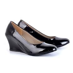 Sepatu kerja kulit sintetik kualitas AA glossy casual shoes synthetic leather modern fit and high quality product lgz193