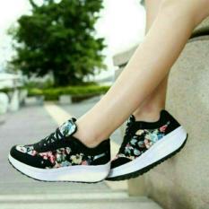 Beli Sepatu Kets Bunga Terbaru