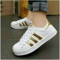 sepatu-kets-sneaker-adidas-putih-gold-cewek-wanita-jogging-running-casual-murah-8980-206451721-11505642d80628a9eec0f4646367617a-catalog_233 Koleksi Daftar Harga Sepatu Kets Casual Wanita Termurah minggu ini
