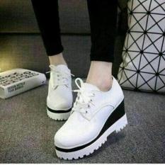 Sepatu Kets Wanita Docmart DD 01 / Sepatu Olahraga Casual Boots Boot Cewek Putih