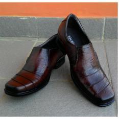 Sepatu Kickers - Sepatu Pantofel Pria 100% Kulit Asli Warna Coklat A1