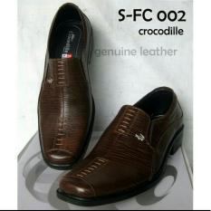 Sepatu Kulit Pria / Sepatu Kulit Crocodile Pria