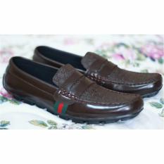Sepatu kulit Slip-on (Guci) Pria dan Kasual Pria sepatu slop slip on Gucci - Lokal