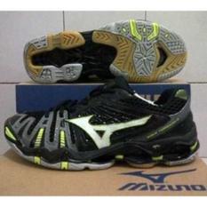 Sepatu Mizuno Tr8 Low Black