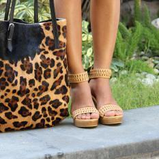 Sepatu modern warna Tan, 100% kulit handmade in Bali. Princess Belle Tan