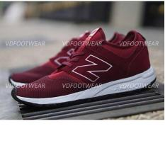 Sepatu New Balance / Sneakers casual Pria Slop Running