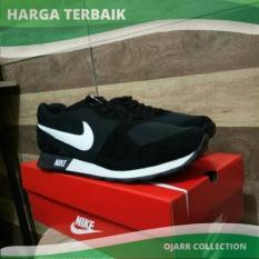 Sepatu Nike Md Runner Waffle Trainer Man Pria Cowo Laki Hitam Putih - 6Mrhgz