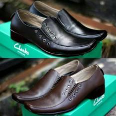 Sepatu Pantofel Clarks Kickers Casual Pria Kulit Asli Pantopel Murah