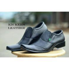Beli Sepatu Pantofel Pria Kickers Town Seken
