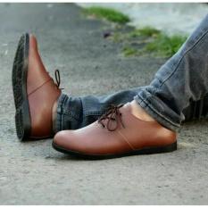 Beli Sepatu Pria Casual Made Markdor Brown Baru