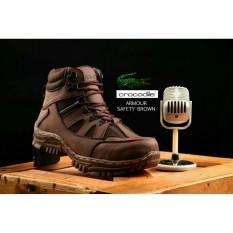 Sepatu pria Crocodile Armour safety Brown