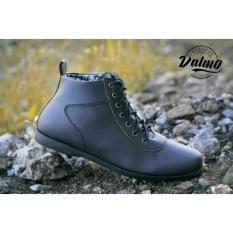Ulasan Sepatu Pria Dalmo Ventura Black