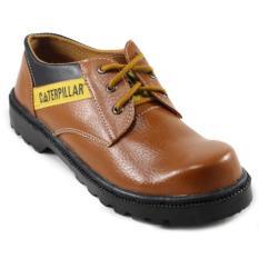 Sepatu pria safety shoes caterpillar coklat licin pendek, sepatu caterpillar, bromo caterpilar licin, sepatu gunung caterpillar safety shoes