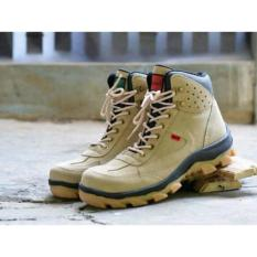 Promo Sepatu Pria Safety Tracking Gunung Boots Sued Mercy Murah