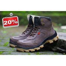 Sepatu Pria Safety Tracking/Gunung Boot Kickers Sued Mercy Ujung Besi Warna Coklat