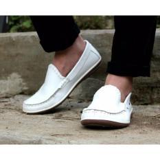 Beli Sepatu Pria Slip On Casual Sepatu Loafer Sepatu Cevany Original Mizuxi Putih Cevany Murah