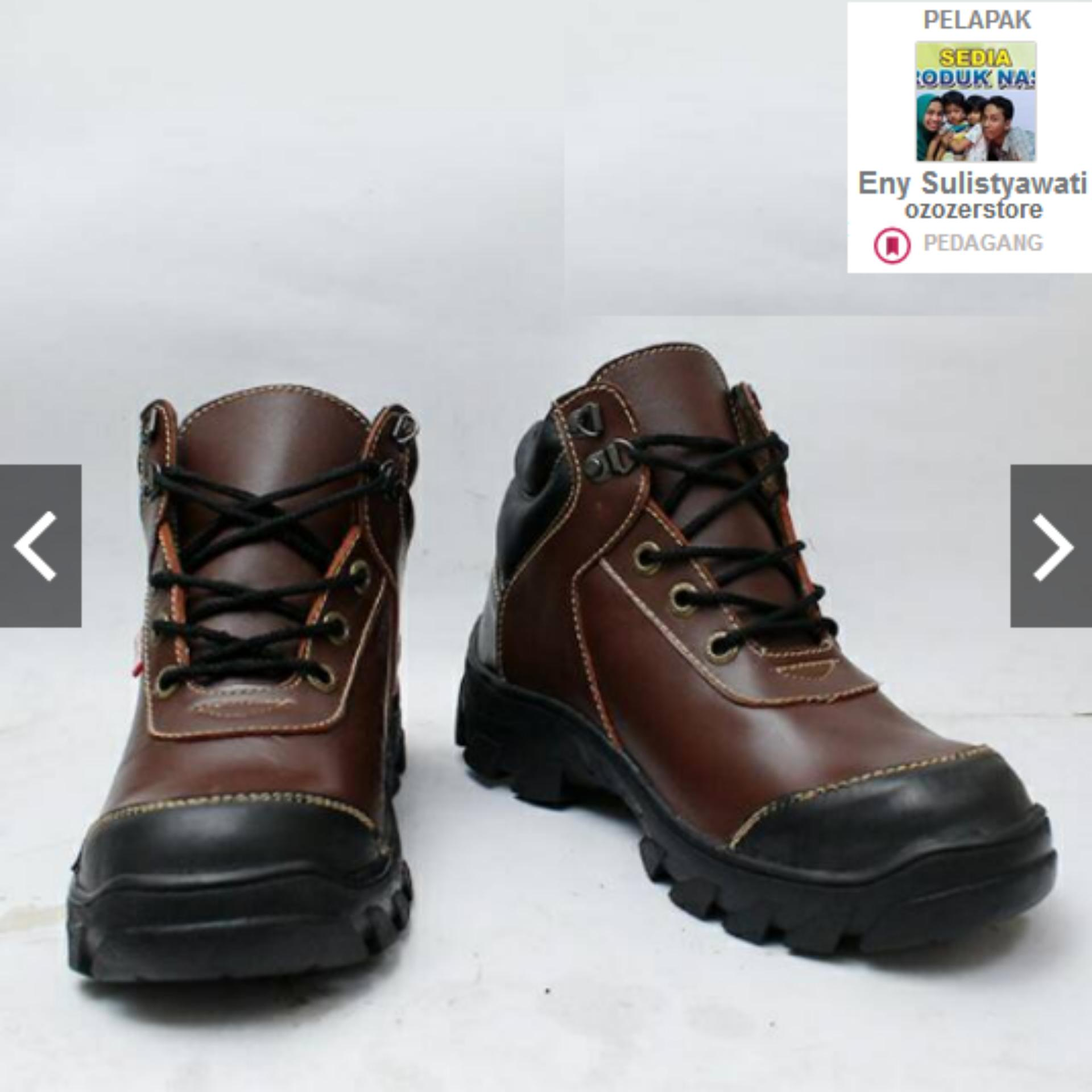 OBRAL JUAL safety shoes pria safety boots safety jogger safety slip ... bb8bbc507b
