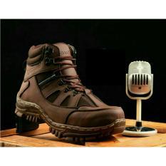 Sepatu Safety Boots Pria Handmade Model Armour Kualitas Terbaik
