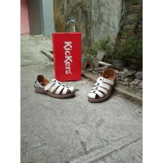 Sepatu sandal Nets Kickers Wanita - White -