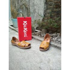 Sepatu Sandal Yellow Light Flower Kickers