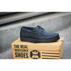 Rp 320.000. Sepatu semi boots formal casual pria AvaiL CHOPPER black brodo IDR320000 fd28b0fd98