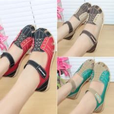 Sepatu / Sendal / Slip On Wanita Flat Shoes Original Kickers Mulan 1552 Best Seller