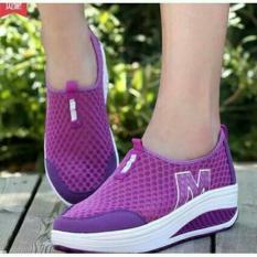 Sepatu Slip On Wanita W Ungu / Sepatu Wedges Slipon Boots Boot Kets Cewek