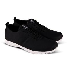 Sepatu Sneakers V 512 Sepatu Kets dan Kasual Pria - Hitam