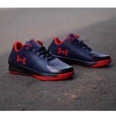 Sepatu sport terbaru