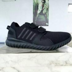Sepatu Tomkins Coco Black Men