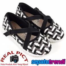 Sepatu Trendi Sepatu Anak Perempuan VT03 - Hitam