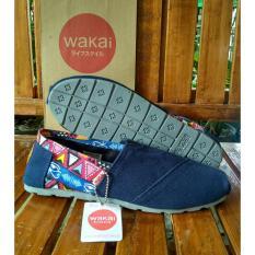 Sepatu Wakai Navy Batik tribol Grade Original