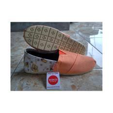Sepatu Wakai Red Motif Batik  Original