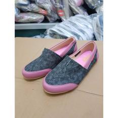 Jual Beli Sepatu Wanita Casual Kickers Trendy Elegan Indonesia