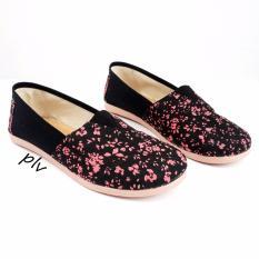 Spesifikasi Sepatu Wanita Flat Shoes Slip On Kanvas Ns91 Flowery Hitam Pluvia Terbaru