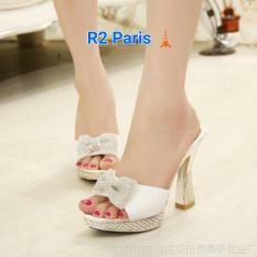 Harga Sepatu Wanita High Heels Chains Pita Permata Putih R2 Yang Bagus