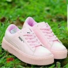 sepatu-wanita-pm-rihana-kets-wanita-pink-2014-62885067-4f47dac4b1c6687498105c9facb14147-catalog_233 Inilah Daftar Harga Sepatu Kets Full Hitam Teranyar saat ini