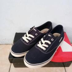 Size 39 Original Sepatu Airwalk Celsea