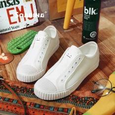 Melonjak All-Star Flst Sport Sepatu Kanvas Sepatu untuk Pria dan Wanita Sneaker Kasut Lelaki And Wanita (Putih) -Intl