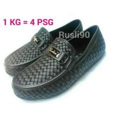 SOLUSI DI MUSIM HUJAN Sepatu Casual Pria Kinbos- Sepatu Santai Pria- Harga Promo Khusus Ukuran 42 No